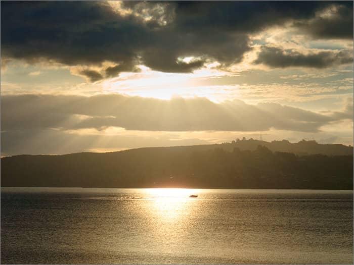 lake taupo sunset 3