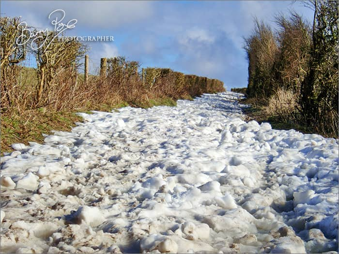 snow blocking south downs way