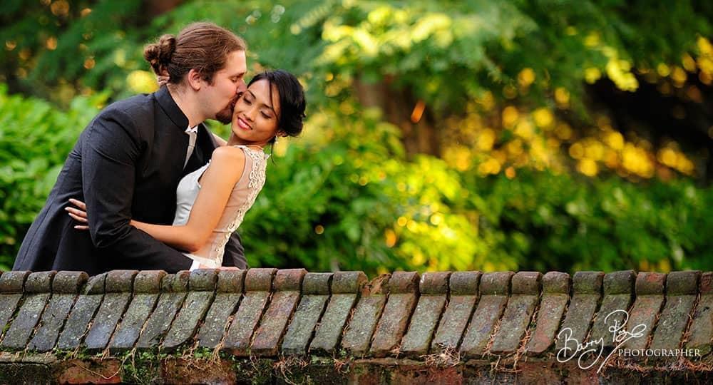 bride and groom tudor barn eltham